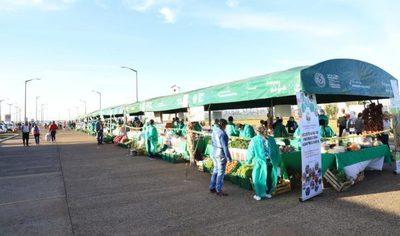 Productores ofertan este jueves en la Costanera de Encarnación con el apoyo del MAG