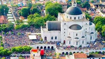 """Se suspenden fiestas presenciales de Caacupé. Obispo he'i: """"invitamos a celebrar en su comunidad"""""""