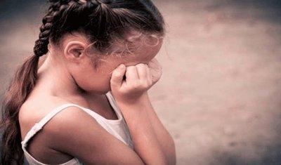 Aprovechó que su mujer daría a luz para abusar de su hijastra