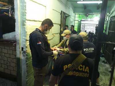 Requisan armas blancas y celulares en cárcel de CDE