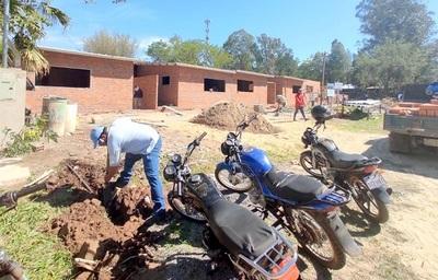 """ESSAP desconecta a urbanización que """"chupaba"""" agua gratis"""