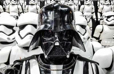 Encuentran en la basura figuras de Star Wars avaluadas en más de medio millón de dólares