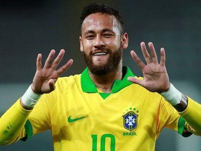 Brasil mantiene en la lista al lesionado Neymar tras pactar con el PSG