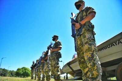 Militares ya están vigilando reservas boscosas de Itaipú