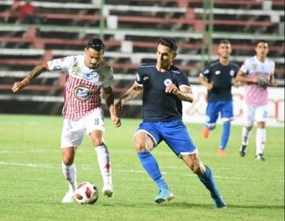 12 de Octubre y Sportivo San Lorenzo se enfrentan en Itauguá