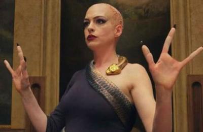 Anne Hathaway también ofrece disculpas a las personas con discapacidad tras polémica con 'Las Brujas'