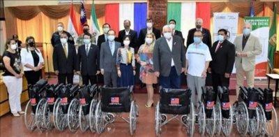 Itapúa: Taiwán dona más de 20 sillas de ruedas y equipos de bioseguridad
