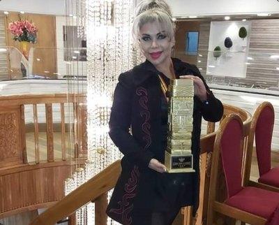 """Crónica / """"Shakira paraguaya"""" fue premiada en televisión bolí"""