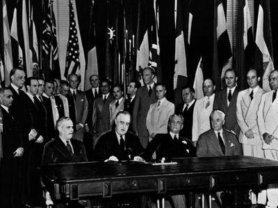 A cien años de la Liga de las Naciones Unidas