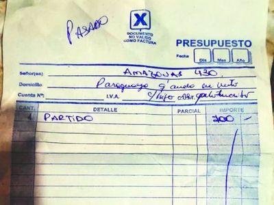 """""""Paraguaya en auto con  hijo pelotudito"""", dijo por clienta"""