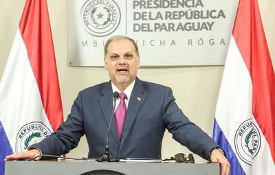 Ministro Roa confirma subsidio a vendedores ambulantes de Caacupé