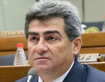 Jubilados solicitarán pérdida de investidura del diputado Roberto González