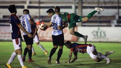 Guaireña hace respetar Villarrica y le pone freno al campeón