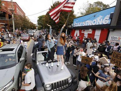 Multitudes celebran en EEUU la victoria de Joe Biden