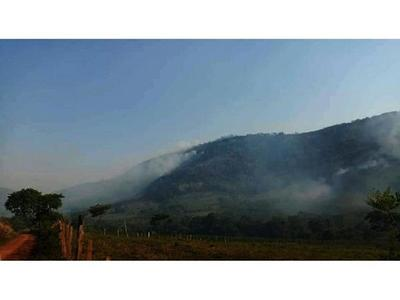 Ardió Cordillera del Ybytyruzú