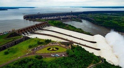 Itaipú entregó al Estado USD 407 millones en cesión de energía, royalties, y pagos a la ANDE