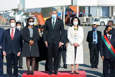 Presidente Abdo presente en ceremonia de posesión de cargo del nuevo presidente de Bolivia