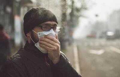 Cómo se diferencian los síntomas del COVID-19, el resfriado, la gripe y las alergias