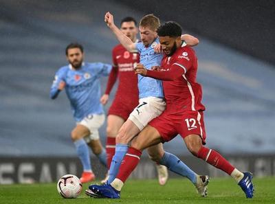 Manchester City y Liverpool firman tablas
