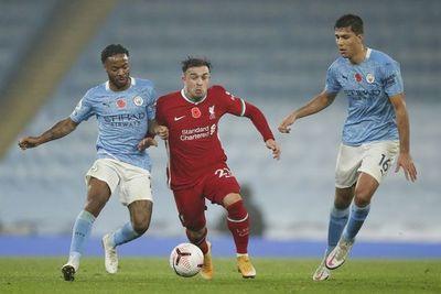 City y Liverpool se anulan y el Leicester pesca el liderato