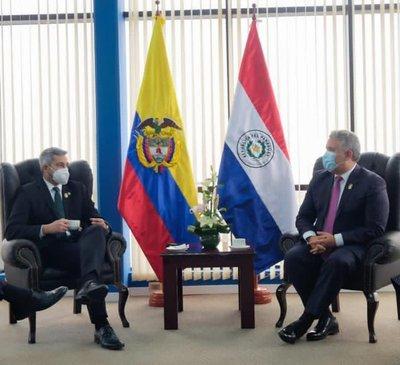 Paraguay y Colombia coinciden en cooperar para fortalecer la integración regional