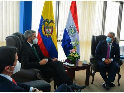 Mario Abdo y Duque acuerdan fortalecer plan  de cooperación