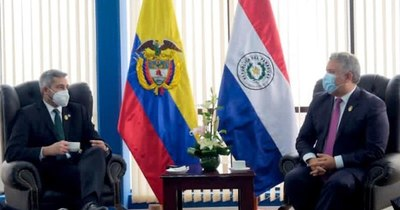 La Nación / Abdo agradeció a Duque apoyo en la lucha contra el terrorismo