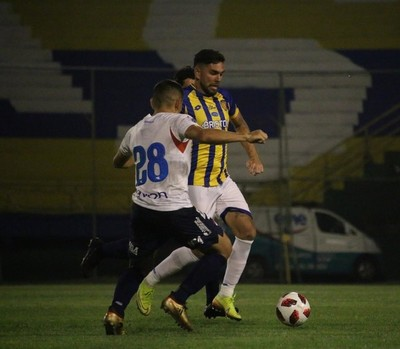 Nacional superó 3-1 a Sportivo Luqueño