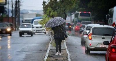 La Nación / Anuncian lunes con lluvias y tormentas eléctricas en gran parte del país