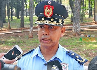 Director de POLICIA protege a PEAJEROS del CONTRABANDO