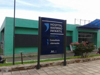 Denuncian muerte de bebé por supuesta falta de atención en Hospital de Villa Elisa