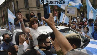 Varias protestas contra el gobierno en Argentina