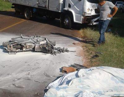 Joven motociclista muere en choque frontal contra camión furgón sobre ruta a Itakyry – Diario TNPRESS