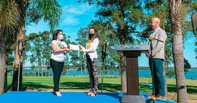 La Nación / Reconocen con certificación 5 estrellas al Awa Resort Hotel de Encarnación
