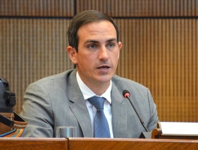 """Diputado denuncia que Gobierno """"no tiene voluntad política"""" para Reforma del Estado"""