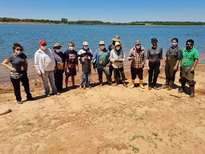 Siembran 1.000 peces juveniles en el Lago Yguazú