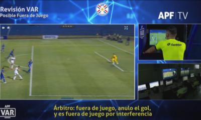 APF revela conversación del VAR en gol anulado a Roque Santa Cruz
