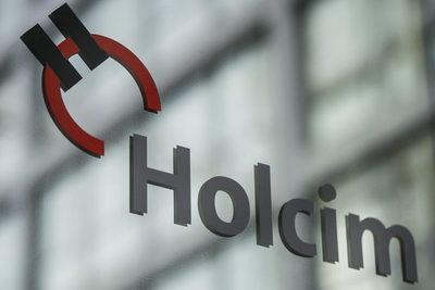 YPF firma un acuerdo de provisión con la filial argentina de la suiza Holcim