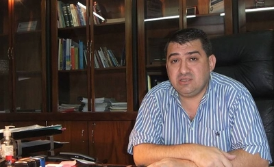 HOY / Luis Yd, intendente de Encarnación, sobre la posición de Posadas de mantener cerrada la frontera con Paraguay