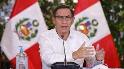 Destituyen en juicio político a presidente peruano