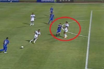 Roque hizo desviar a defensor, según árbitro