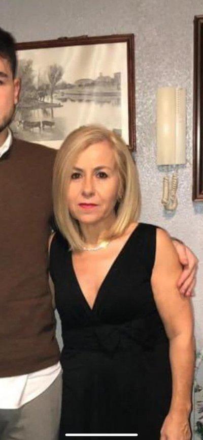 España: Una mujer de 54 años con cáncer de colon falleció tras seis meses de espera de una cita médica presencial