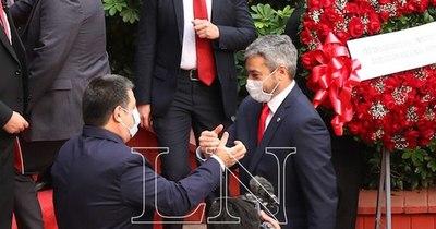 La Nación / Convención: Mario Abdo y Cartes acordaron tener un proceso de pacificación, confirma Ovelar