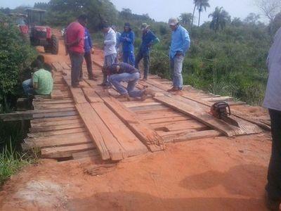 Pobladores siguen esperando construcción de asfalto en Yasy Cañy