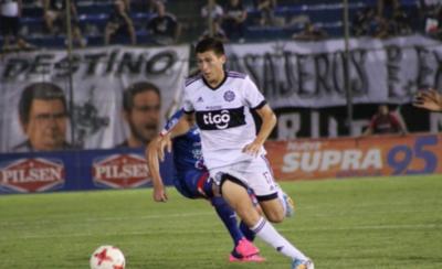 HOY / Olimpia rompe contrato con Hernesto Caballero
