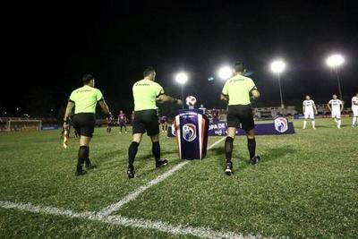 Dos casos positivos de COVID-19 en el plantel de árbitros – Prensa 5