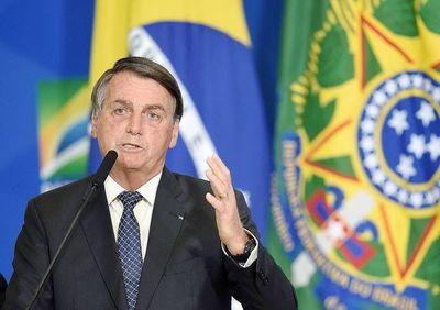 Bolsonaro con cuestionables afirmaciones sobre COVID y dispara contra Biden