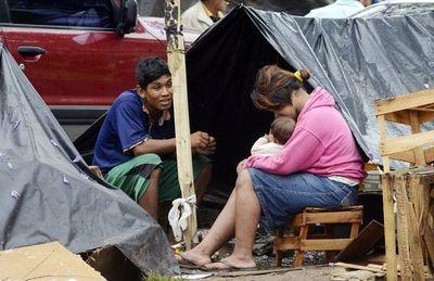 Irresponsable exposición de niños indígenas en la plaza