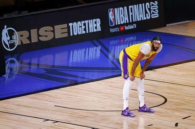 La NBA reduce la próxima temporada a 72 los partidos
