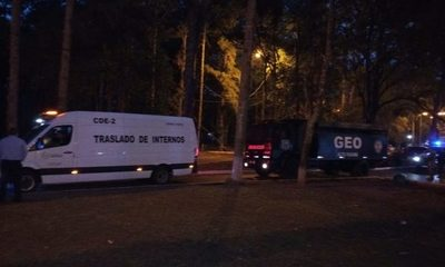 Trasladan a 70 presos de CDE a Misiones